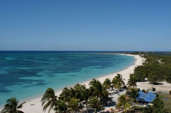 playa-ancon-trinidad-cuba