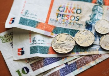 Currency circulating in Cuba and payment