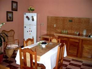 Cocina comedor - Casa Tania Cienfuegos