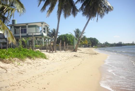 Vista Lateral - Casa Kiki Playa Larga