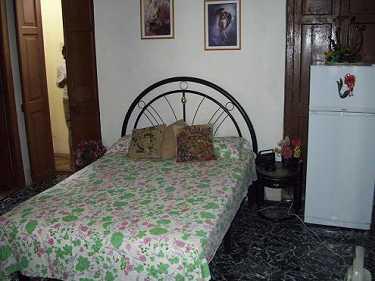 habitacion-2-casa-milagros-aira-habana