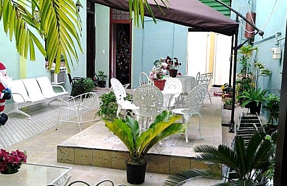patio-central-mansion-colonial-del-centro-habana-9