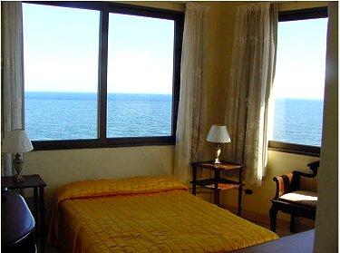 Habitacion 1 del Apartamento 1 con vista al Mar - Apartamentos Moraima Frente al Malecon, Vedado, La Habana
