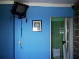 habitacion-baño-casa-chichi-malecon-centro-habana