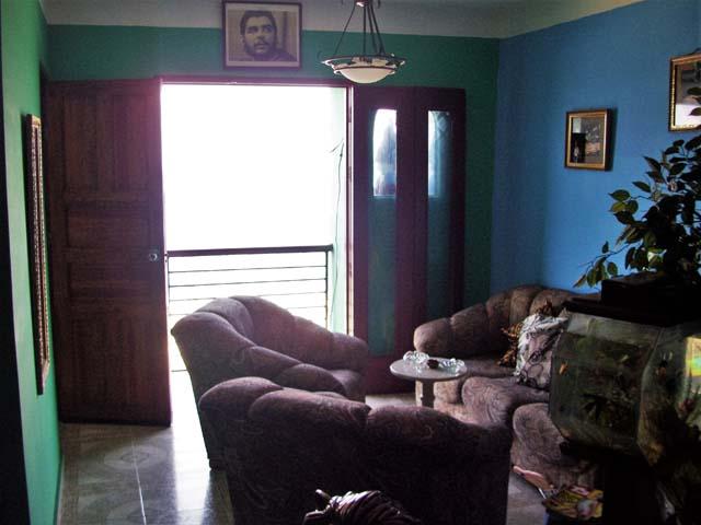 salon2-vista-mar-casa-chichi-malecon-centro-habana