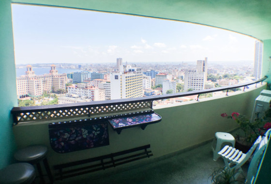 terraza-vista-panoramica-apartamento-ana-julia-focsa-vedado