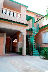 patio--Casa-Olivia-Boca-Camarioca
