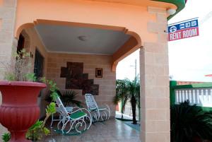 portal-Casa-Olivia-Boca-Camarioca