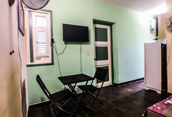 sala-comedor-cocina-apartamento-de-chiqui-vedado