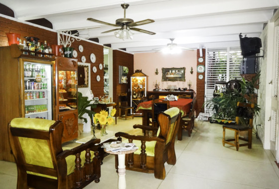 sala-de-estar-casa-doña-yenny-Camaguey