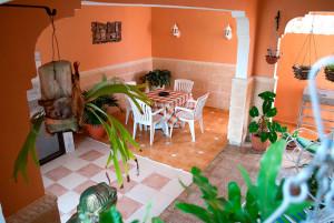 terraza-comedor-Casa-Olivia-Boca-Camarioca