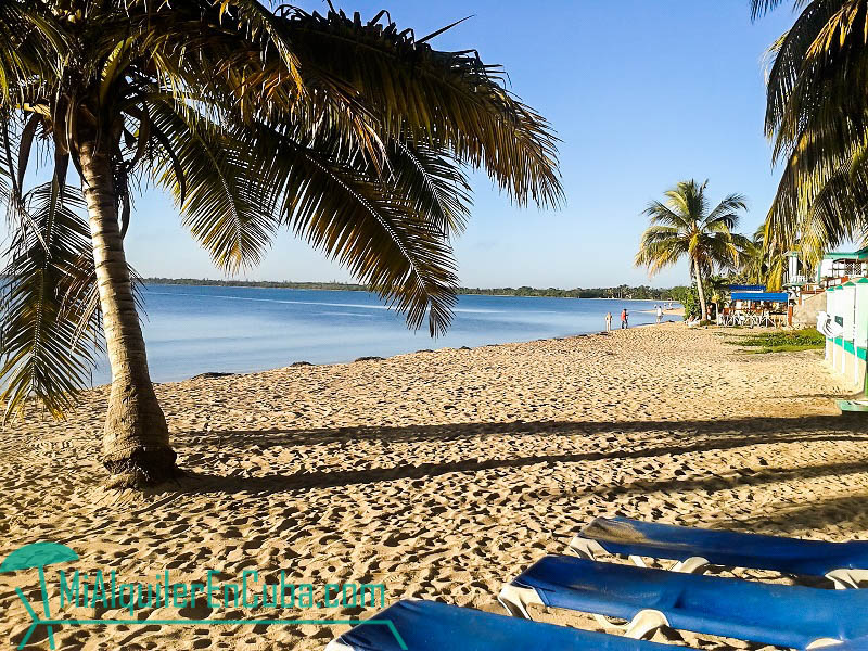 Vista del amanecer - Casa Sol y Caribe en Playa Larga