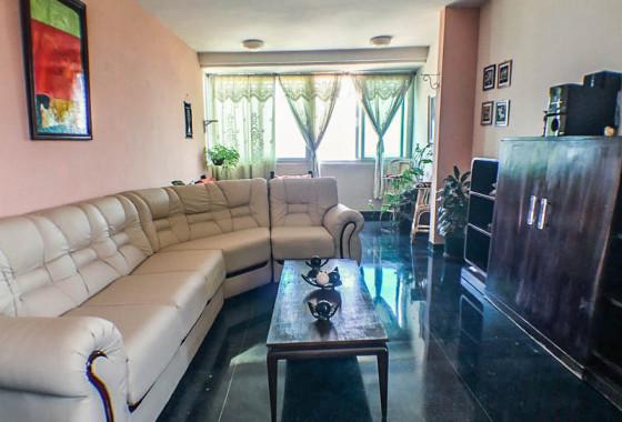 salon-apartamento-yeyi-focsa-vedado-2