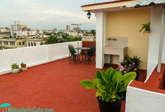 Terraza con vistas a la ciudad - Apartamento Tomy & Judith