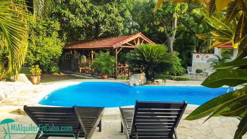Casa carmita playa piscina 5 habitaciones for Casas con piscina en cuba