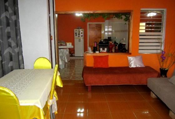 2019) Alojamiento CASAS PARTICULARES en Holguin, Cuba
